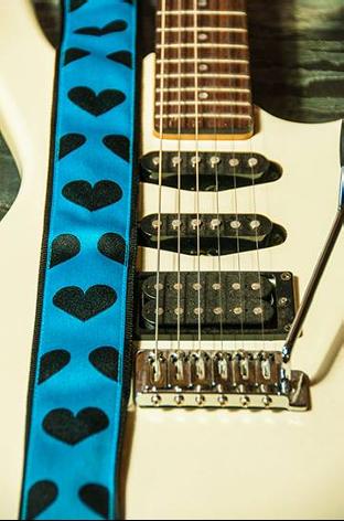 VO Guitar Strap Ocean Dark Hearts
